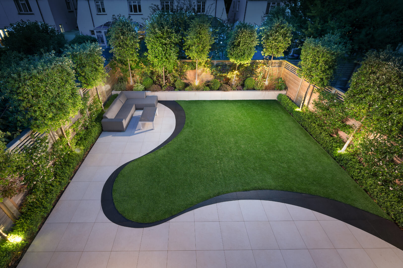 Sinuous Garden - Hove - Photo 1