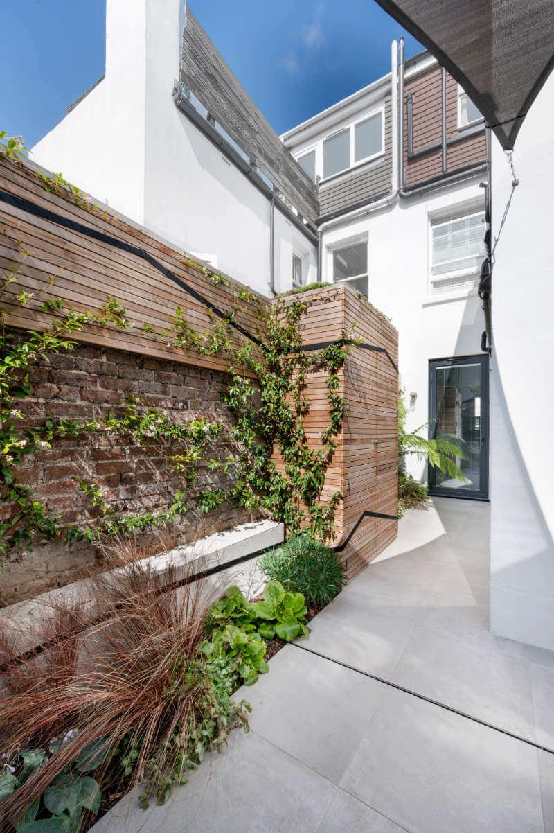 Line Garden Design - Photo 5